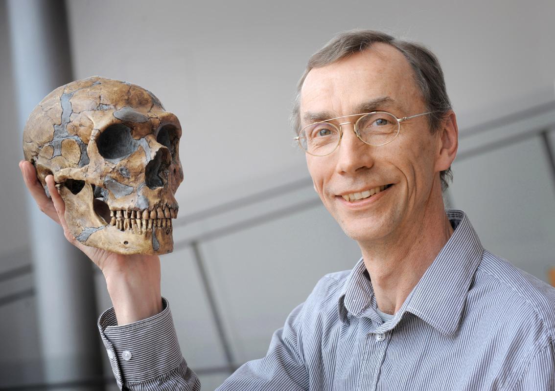 帕波(Svante Pääbo)是德國萊比錫馬克思普朗克演化人類學研究所遺傳系的系主任《時代雜誌》世界百大影響人物之一。帕波。()