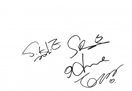 SHE簽名
